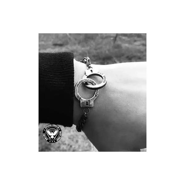 دستبند فوق العاده دستبند CANADA جواهرات 300,000.00 300,000.00 300,000.00 300,000.00